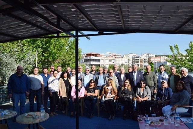 Aliağa'da Emlakçılara Bilgilendirme Toplantısı Yapıldı